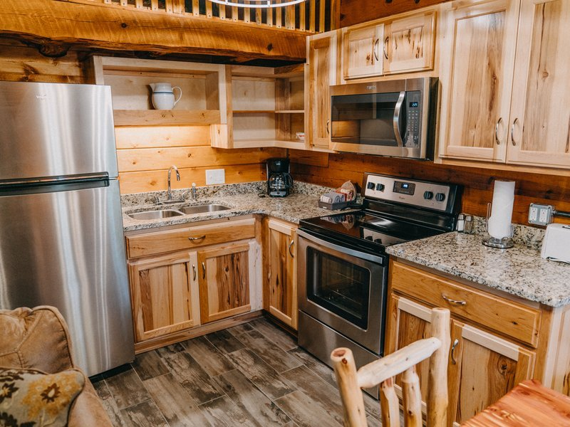 Fully furnished kitchen, Ponca Cabin 2