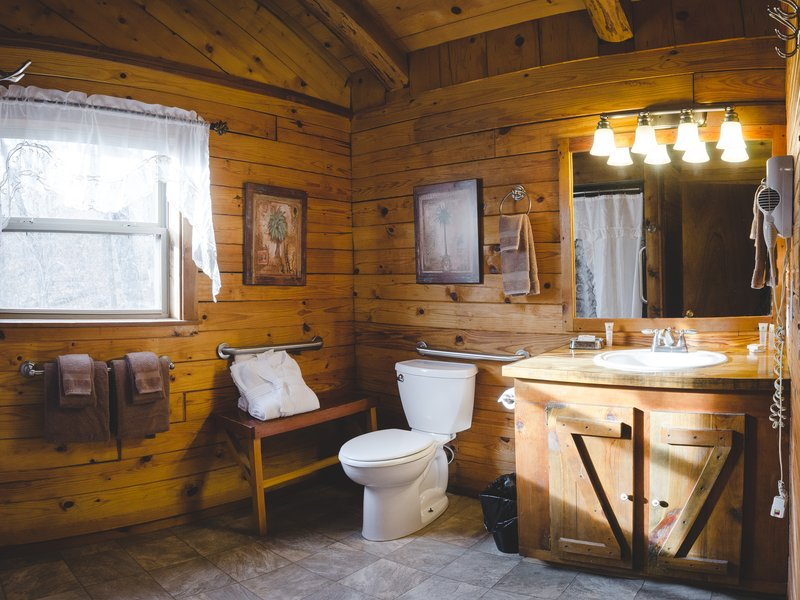 Mountain Ecstasy's spacious bathroom