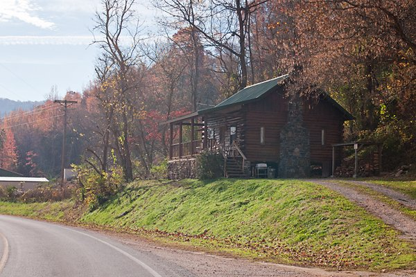 Cabin 1 is located right in the heart of Ponca