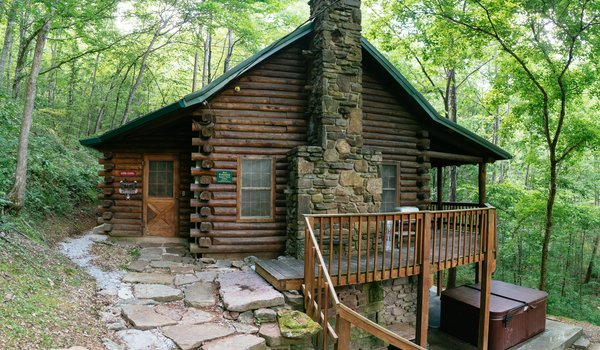 Hot Tub Cabins | Buffalo National River Cabins and Canoeing in