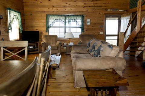 The living area of the Mountain Breeze Cabin