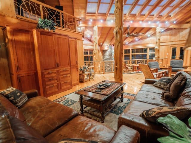 A view of the large gathering and TV area of Ponca Creek Lodge, the perfect spot for family movies and games.