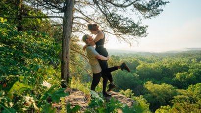 Couple on hiking trail over Buffalo River