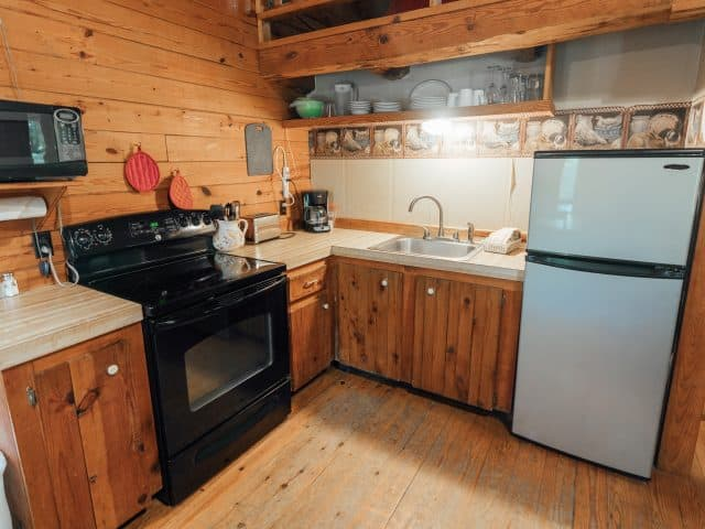 A Buffalo River breakfast never tasted better than when prepared in the fully-furnished kitchen of Cabin 4!
