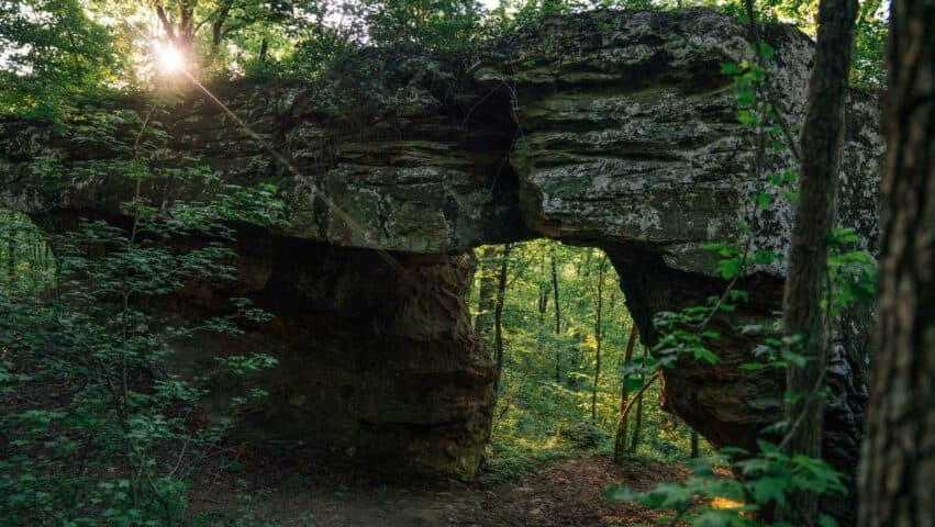 A natural arch along the Pedestal Rocks Trail.