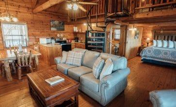 The Buffalo River Cabin features a spacious open floor plan.