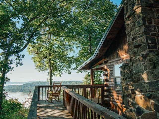 A gorgeous view and a secluded setting are just two of the romantic reasons to select the Mountain Ecstasy Cabin.