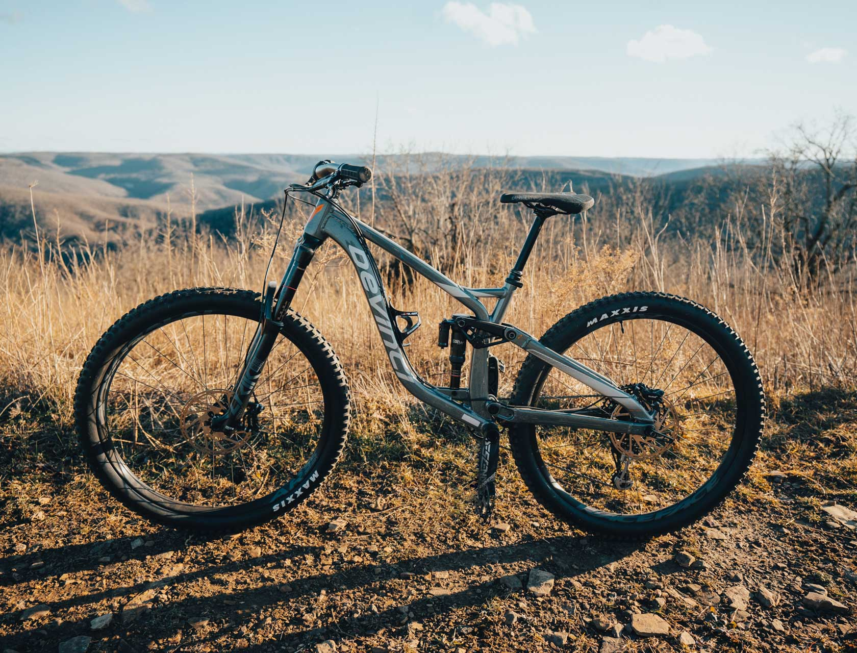 Mountain bike rental for the Ponca Downhill Trail in Arkansas.