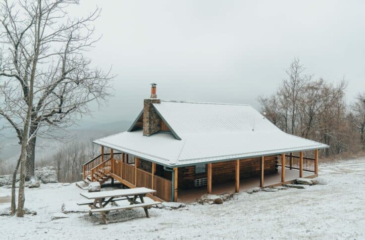 exterior of a cabin in the winter