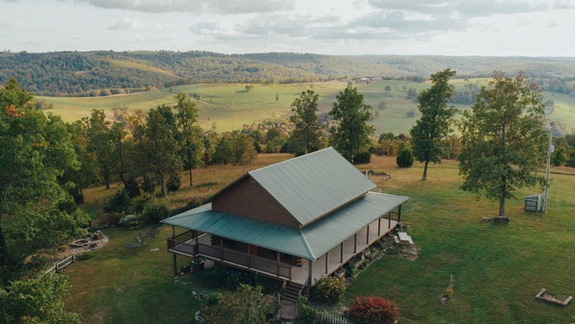 The Big Sky cabin has a sweeping view across the upper Buffalo River wilderness.